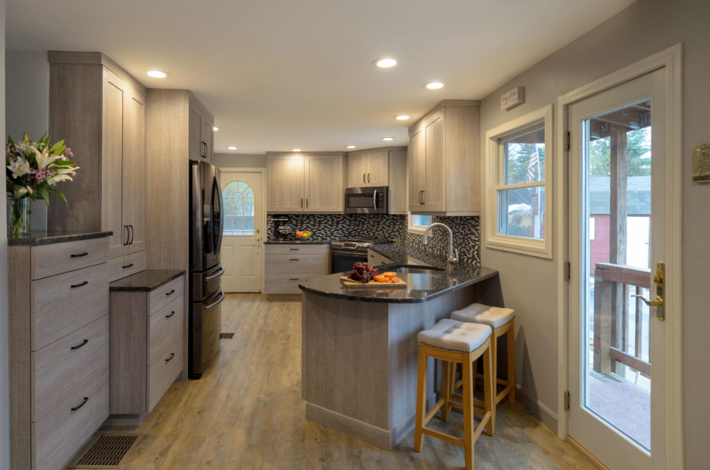 Dream Kitchens - Adelphi Kitchens & Cabinetry